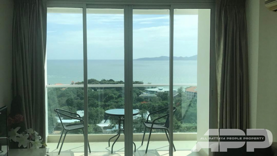 The View Cozy Beach Residence 4