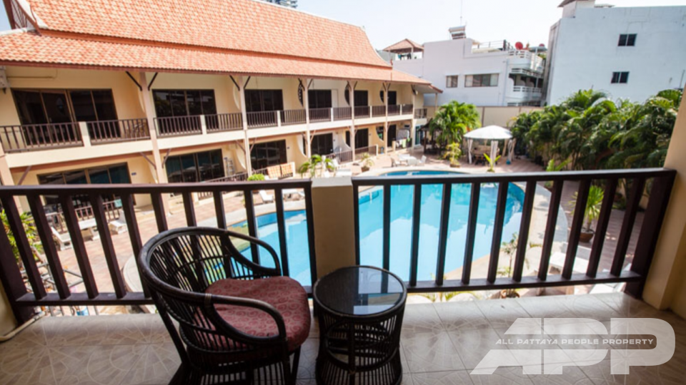 Hotel & Pool (14 Duplex unit) 2